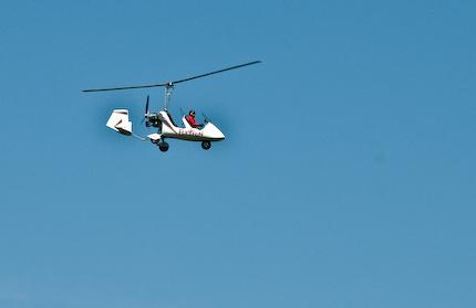 En Gyrokopter på besök på SAAB/ESSL